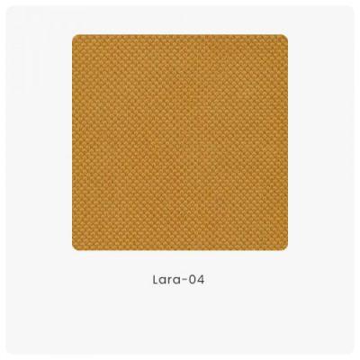Lara 04